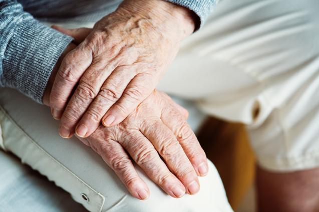 Болезнь Альцгеймера и чистка зубов